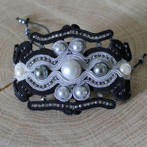 Bransoletka sutasz czarno-srebrna z perłami