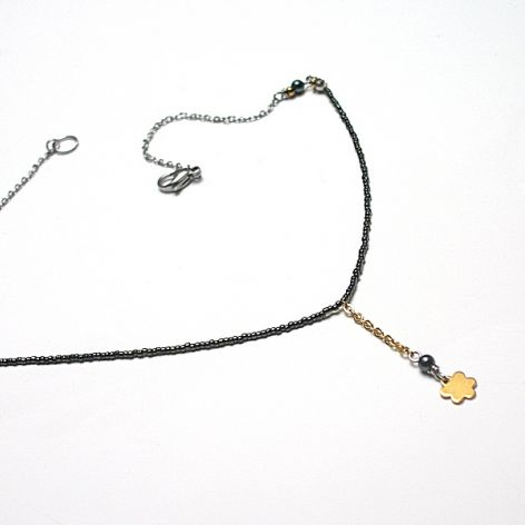 Alloys Collection Line /flower green/  choker