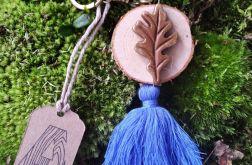 Breloczek drewniany rustykalny liść niebieski