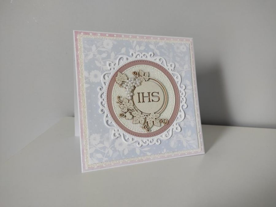 Kartka Komunia Święta różowo biała -