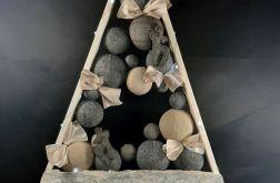Drewniana choinka z korą drzewa LED