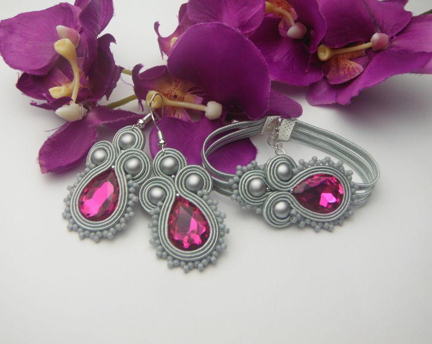 45a1f06e7ddd3 Komplet biżuterii sutasz fuksja szary siwy - Soutacheria