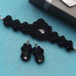 Kryształ & Małe czarne komplet sutasz - Komplet  bransoletka i kolczyki,  czarny- Rhodiana