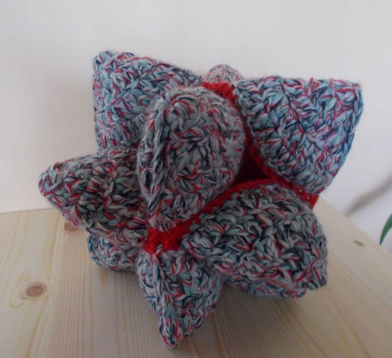 Crochet puzzle ball - maskotka