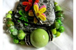 Zielony groszek - okazały naszyjnik