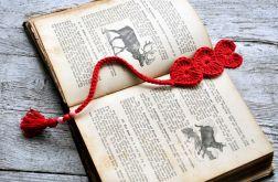Romantyczna zakładka -szydełkowe serca