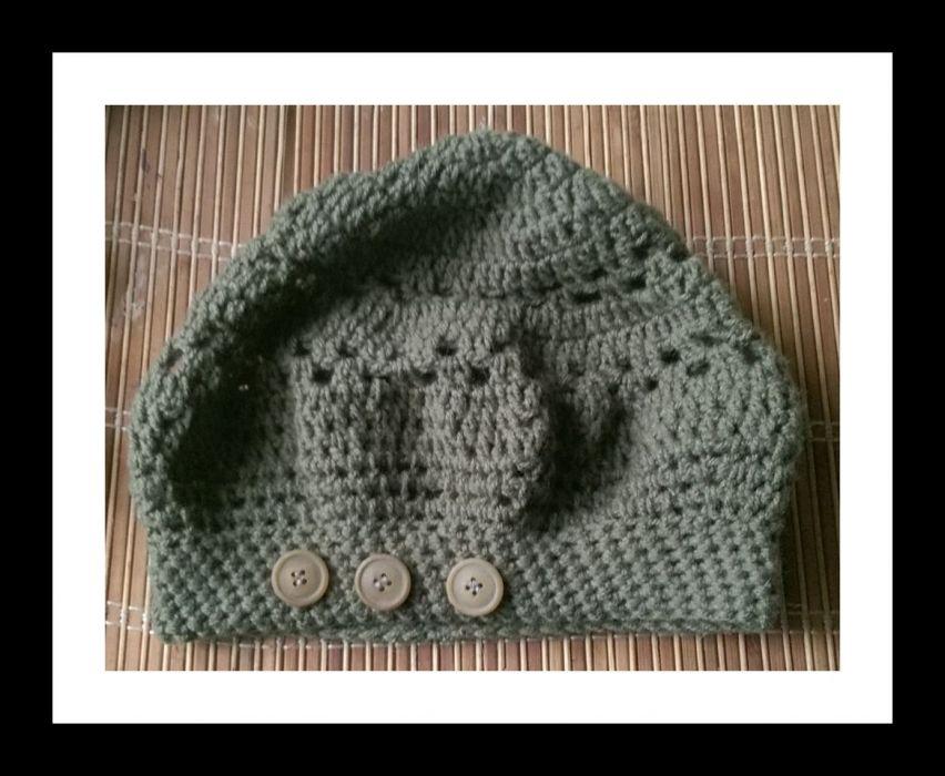 zielona luźna czapka