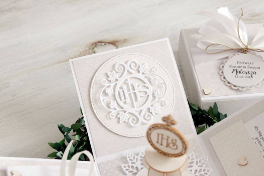 Pudełko - exploding box - Komunia Święta -