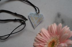 Naszyjnik diament niebieski