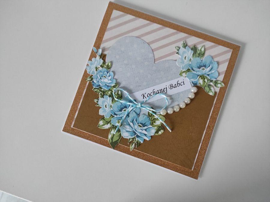 Kartka na Dzień Babci niebieskie kwiaty