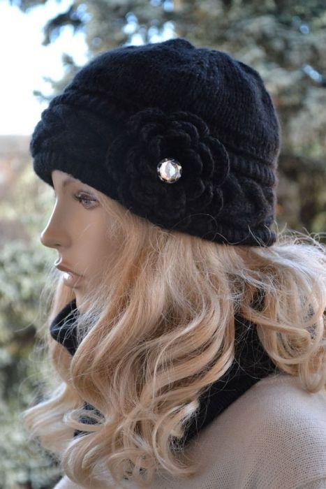 Czarny komplet czapka i komin