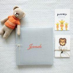 Kwadratowy, album z haftem personalizowany