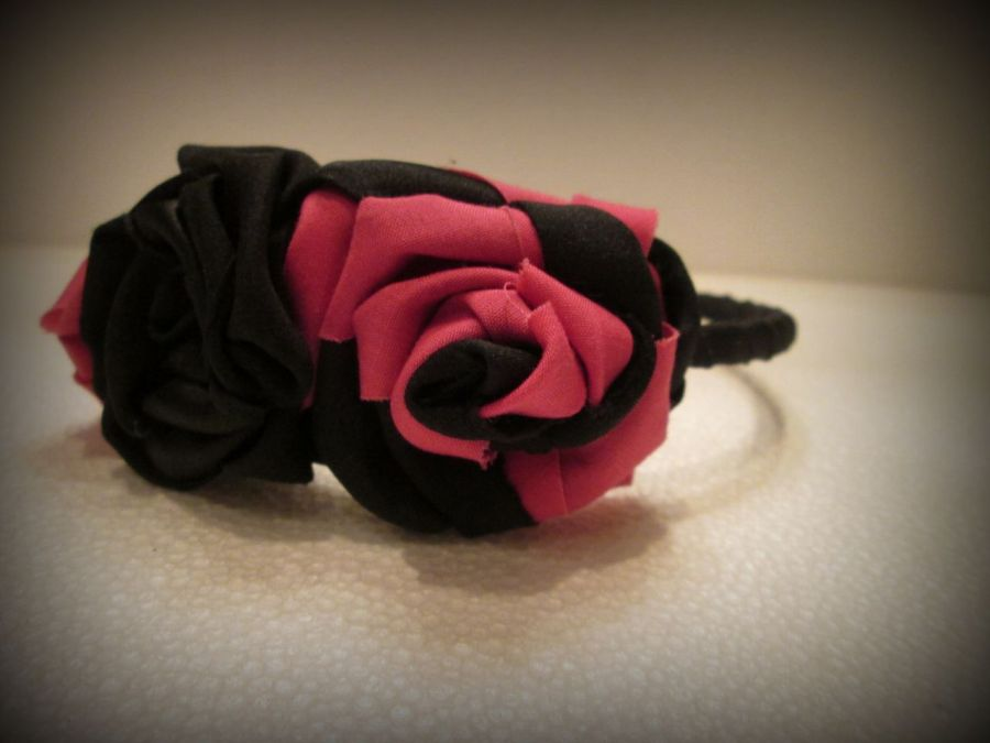 Opaska z różami