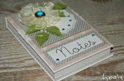 Hogisowy notesik z kwiatkiem