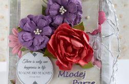 Młodej Parze kartka z kwiatami