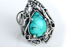 Pierścień srebrny z naturalnym turkusem