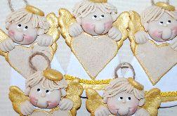 Chłopcy z sercami - aniołki z masy solnej