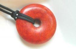 Koral czerwony, koło z dziurką donut wisiorek