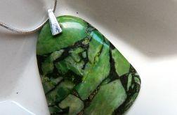 Zielony turkus z z pirytem, oryginalny wisior