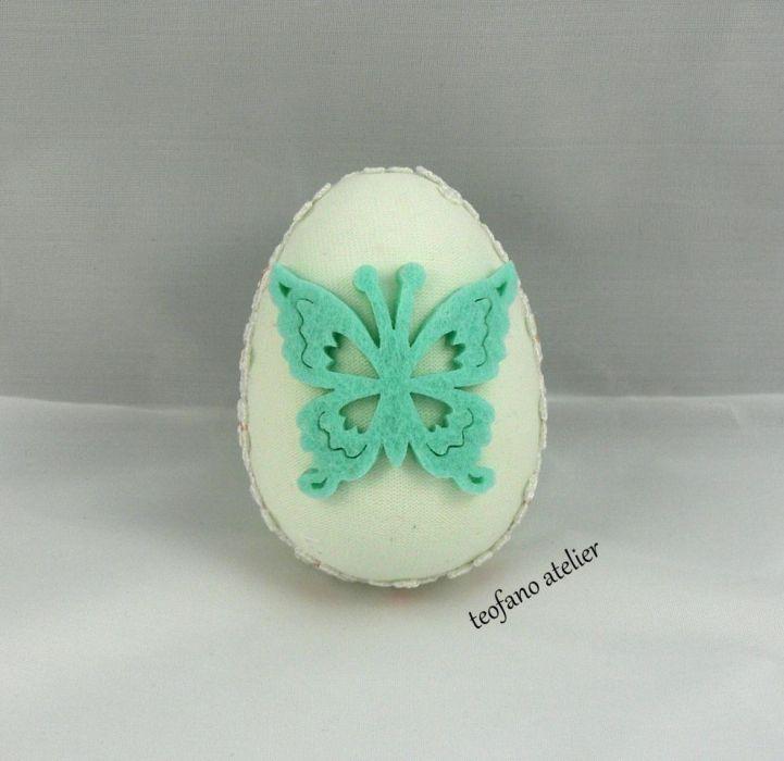Jajko w tkaninie zielone