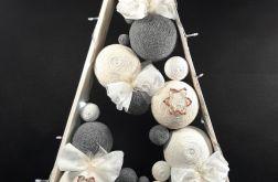 Choinka drewniana w skandynawskim stylu led