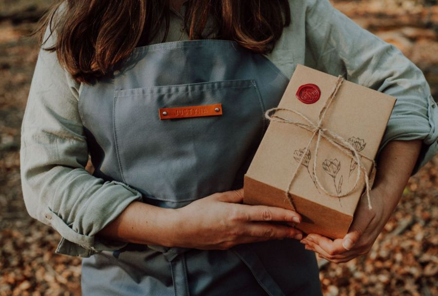 Kubek artystyczny z zaparzaczem - zakochane sowy - Opakowanie prezentowe