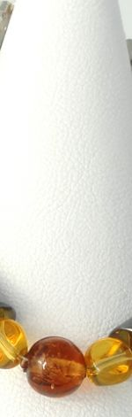 Kryształki miodowe hematyt