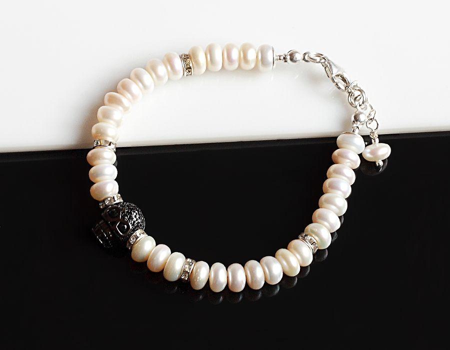 Czaszka w perłach - bransoletka - bransoletka z czaszką