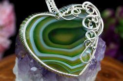 Srebrny wisior z Agatem zielono biały serce