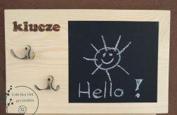 Wieszak na klucze z tablicą do pisania