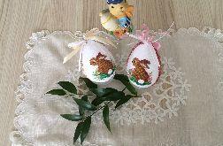 Pisanki haftowane - zajączek beżowy i różowy