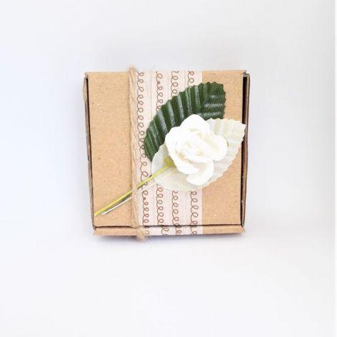 Pudełko ozdobne eko z różą i liśćmi