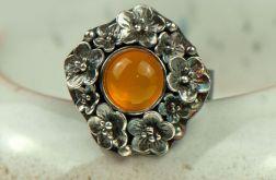 Srebrny pierścionek z agatem Marise a729