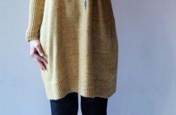 Luźna sukienka oversize z kieszeniami 03