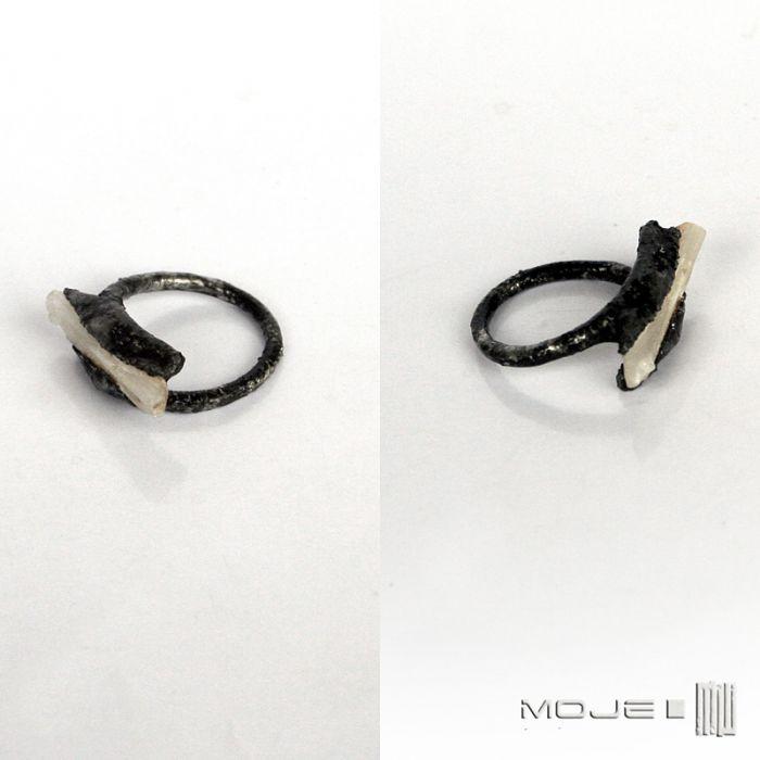 Minimalistyczny selenit - pierścionek z selenitem
