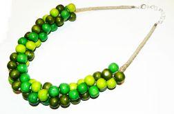 Korale w odcieniach zielonego