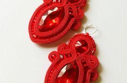 Czerwone kolczyki z dużymi kryształkami