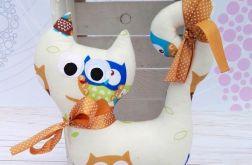 Kotek maskotka przytulanka - kot beżowy sowa