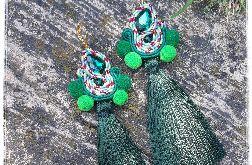 Kolczyki sutasz Bohou zielone pompony chwost