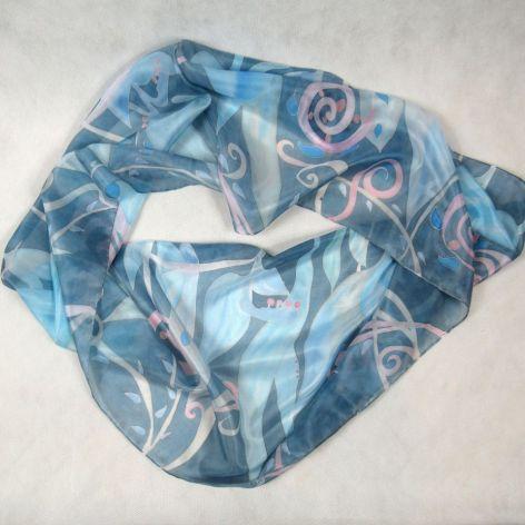 Niebiesko-różowy roślinny komin jedwabny