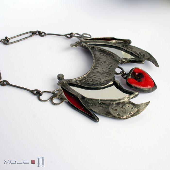 Batilo - Nieco mroczna biżuteria dla lubiących gotyckir klimaty.