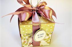 Ślubny box-zieleń ,szarość i pudrowy róż