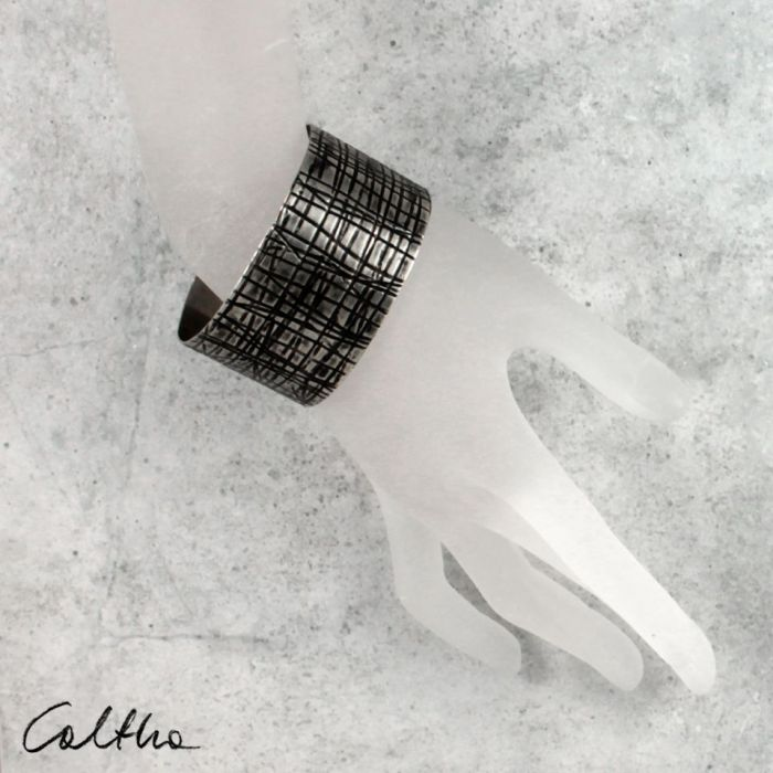 Metalowa bransoleta - kraty 150306-01 - metalowa bransoleta