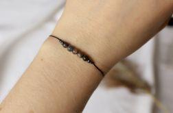 Bransoletka na czarnym sznureczku z masą perłową