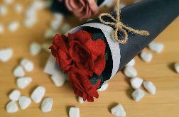 Bukiet róż z filcu - czerwony