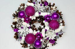 Mały wianek świąteczny fuksja z białym