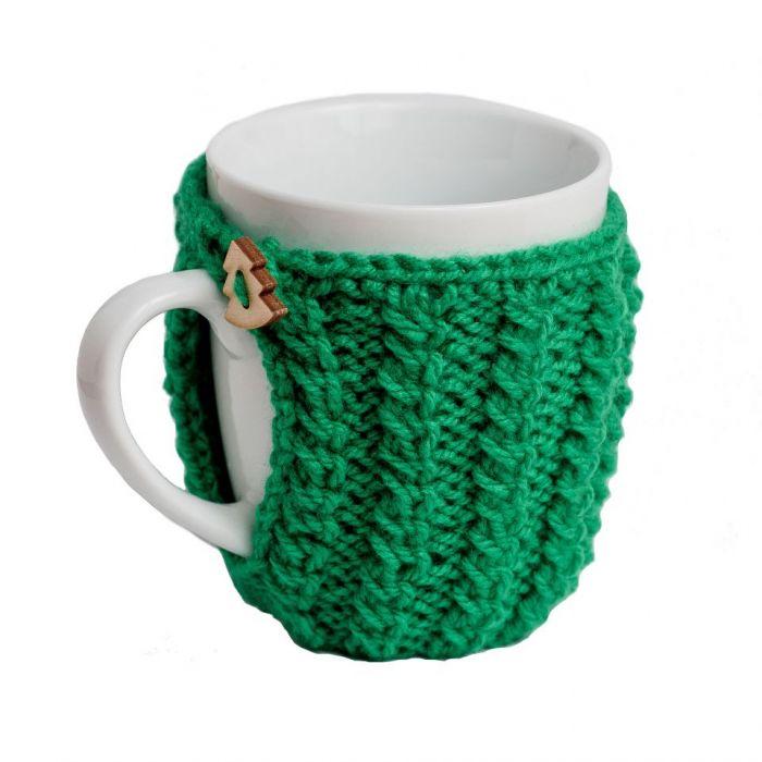 Kubek w zielonym sweterku
