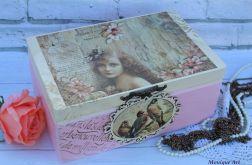 Romantyczny kufer retro, prezent
