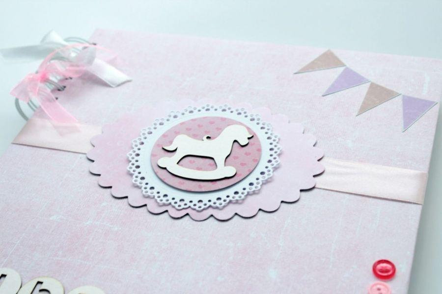 Album dla dziewczynki - różowy z konikiem -