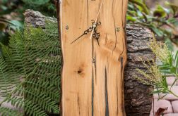 A01 - Zegar drewniany z żywicą epoksydową
